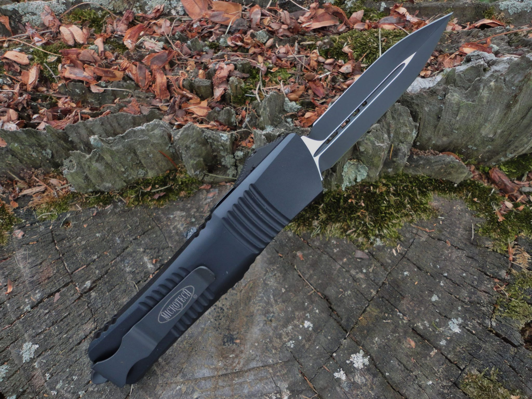 Microtech 142-1T Tactical Combat Troodon
