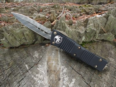 Microtech 138-16 Damascus Double Edge Dagger Troodon