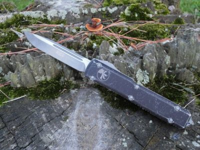 Microtech 121-10 Distressed Black Ultratech